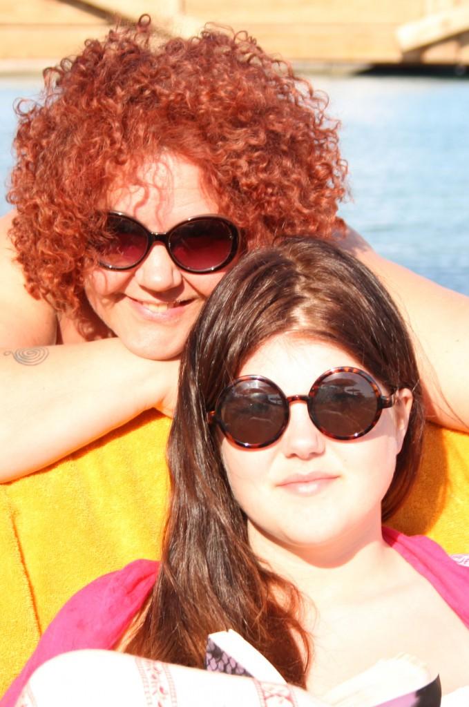 Julia å jag på stranden