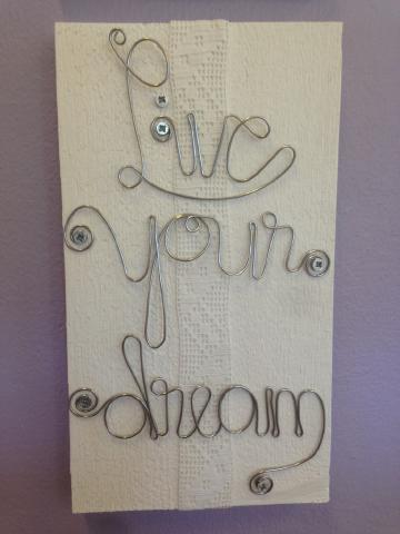 Tavla med text Live your dream
